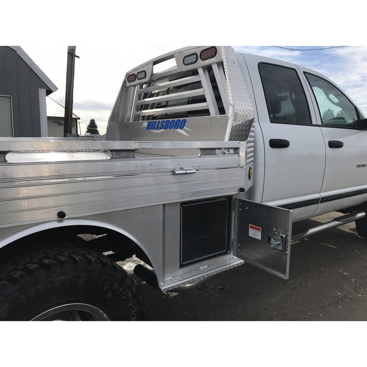 Pickup Bed Tool Boxes >> New Hillsboro 4000 Series Flatbed - Hillsboro - Pickup Flatbeds/Bumpers
